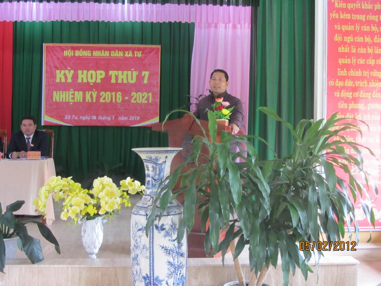 Ông Bhiryu Long - Phó Chủ tịch HĐND huyện phát biểu chỉ đạo